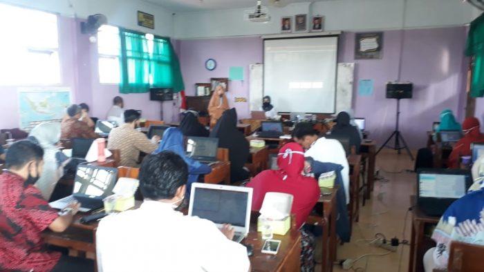 Workshop Pembelajaran dengan BDR dan Pembuatan Media melalui Program Bandicam
