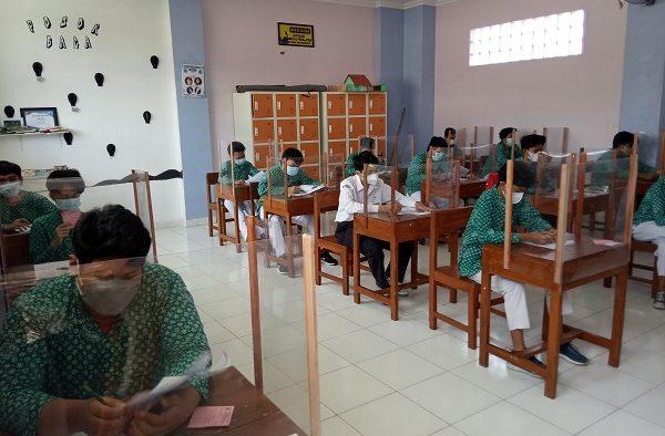 Pelaksanaan Ujian Sekolah Luring Tahun Ajaran 2020/2021