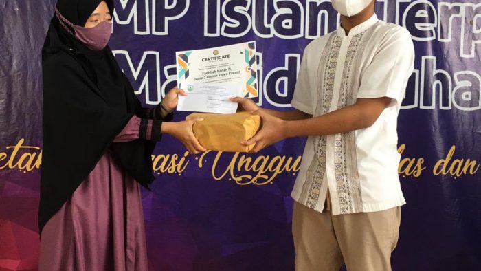 Penyerahan Hadiah Juara Lomba-Lomba Keagamaan Internal dalam Rangka Semarak Ramadhan 1442H